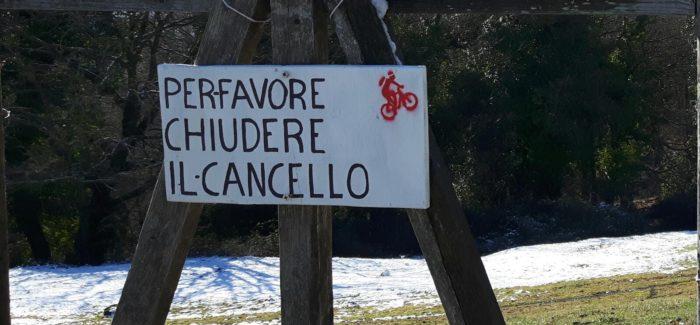 Chiudere sempre varchi e cancelli nei boschi dopo il passaggio in bici