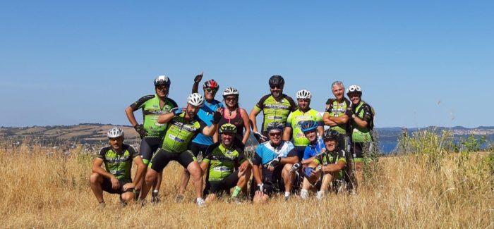 Giro del Lago di Martignano in MTB