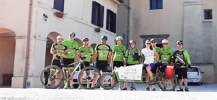 Il viaggio Cycle 2 Recycle di Myra Stals lungo la Via Francigena