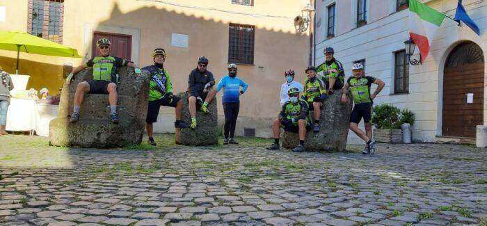 Giro in MTB a Calcata
